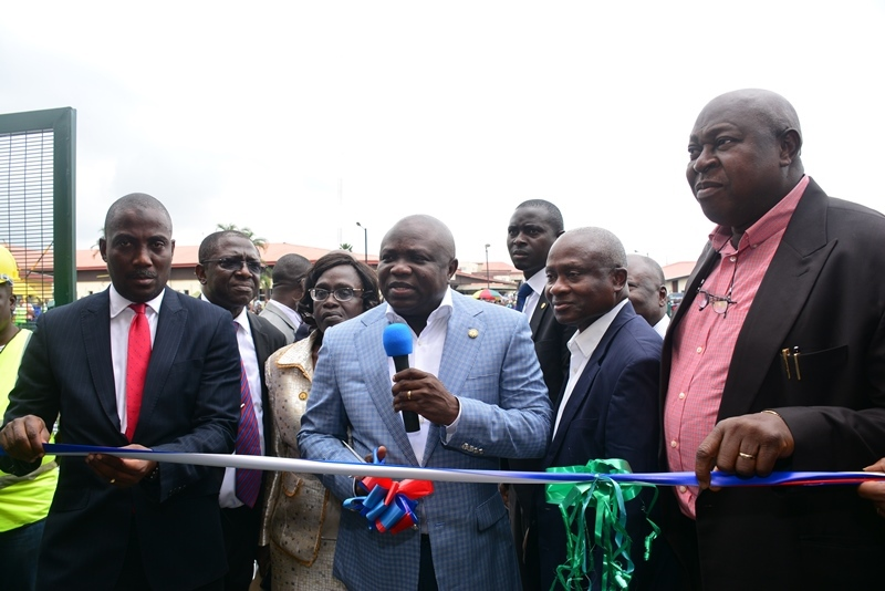 Ambode at the commissioning of the Helipad at LASUTH